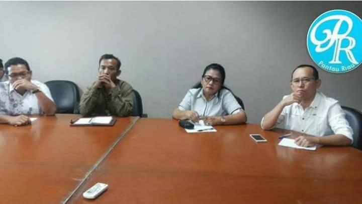Fransisca Sinambela Anggota DPRD Komisi I DPRD Bengkalis Studi Banding ke BPTSP ( Badan Pelayanan Terpadu Satu Pintu ) DKI JAKARTA