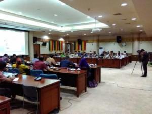 APBD Kota Dumai Defisit ' ZUlkifli Hearing Bersama DPRD Prop Riau
