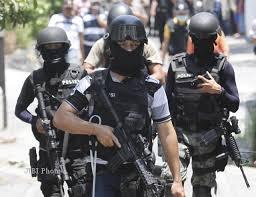ALAMAK…DIKIRA KELOMPOK SANTOSO,BRIMOB TEMBAK INTELIJEN TNI AD